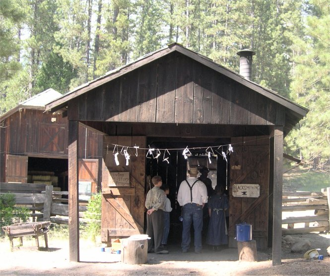pioneer yosemite history center online tour �blacksmith
